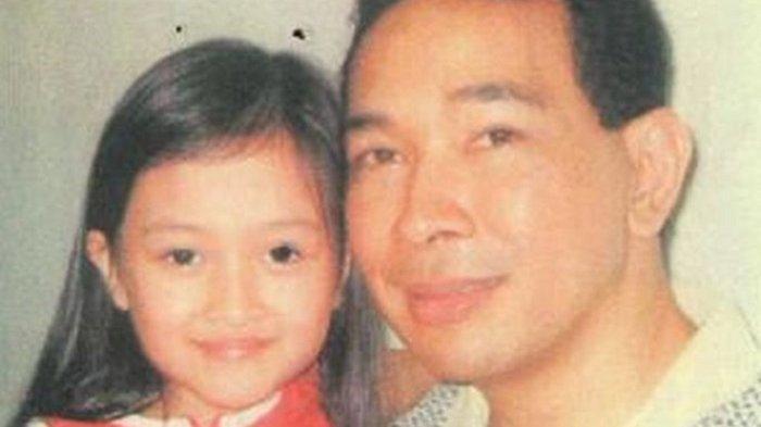 Ingat Puteri Modiyanti? Gadis Cantik yang Disebut-sebut Sebagai Anak Tommy Soeharto dari Sandy Harun