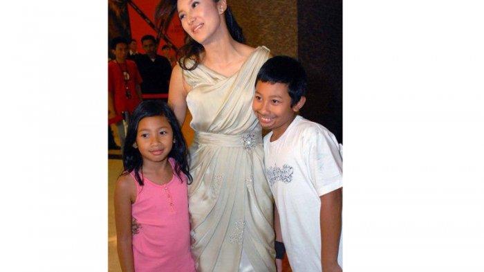 Putra Putri Tommy Soeharto dan mantan istrinya Tata