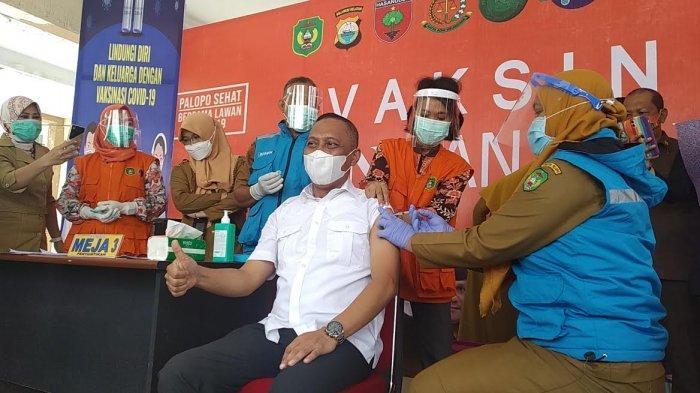 Jadi Orang Pertama, Begini Reaksi Wakil Wali Kota Palopo Usai Disuntik Vaksin Covid