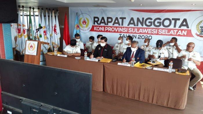 Rapat Anggota Tahunan (RAT) Koni Sulsel yang digelar di Hotel Santika, Jumat (11/12/2020)