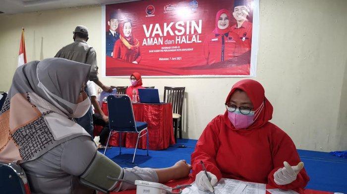 FOTO: Ratusan Kader PDIP Makassar Divaksin Covid