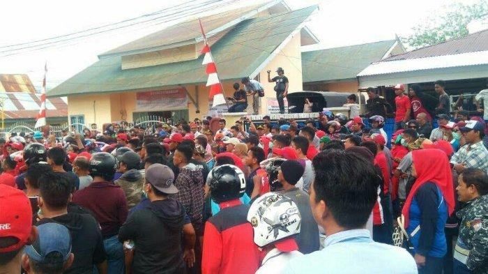 Temukan Modus Kecurangan Penggunaan 3.000 Suket, Pendukung FAS-AS Demo di Panwaslu