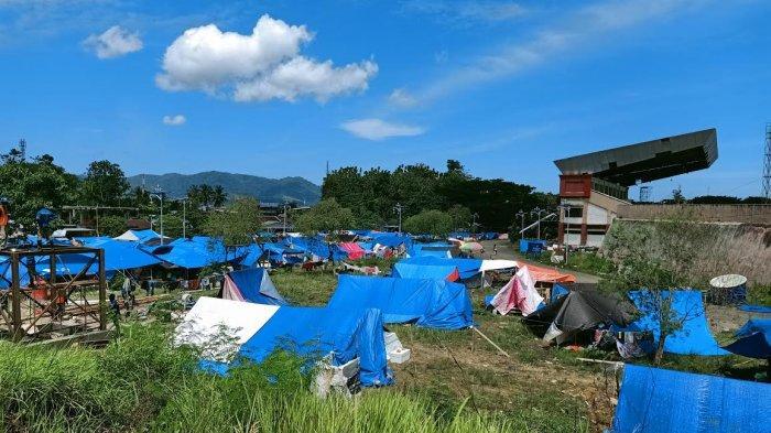 17.282 Warga Mamuju dan 3.142 Majene Masih di Tenda Pengungsian