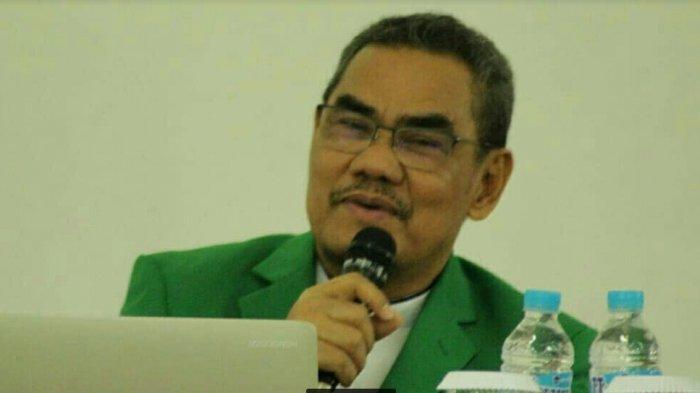 Rektor UMI Makassar, Prof Basri Modding saat mengikuti rapat di kampus UMI beberapa waktu lalu.