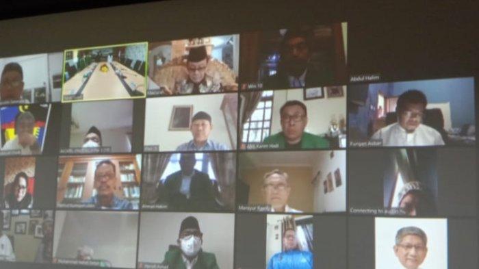 Rektor UMI Lantik Tiga Dekan Secara Online