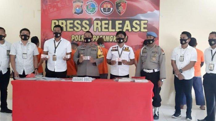 Korupsi Pengadaan BIbit Sawit, Mantan Kadisbun Pasangkayu Ditahan