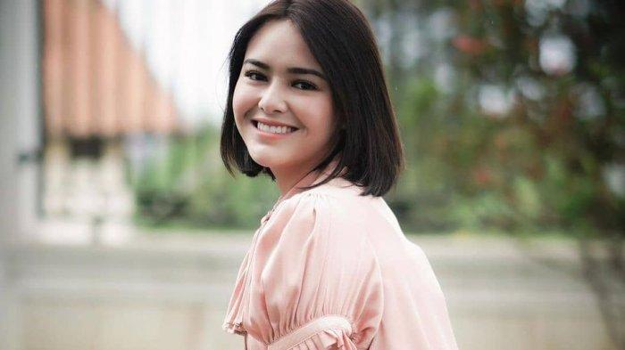 Penyebab Resleting Celana Andin Ikatan Cinta Lupa Dipasang, Amanda Manopo Minta Maaf