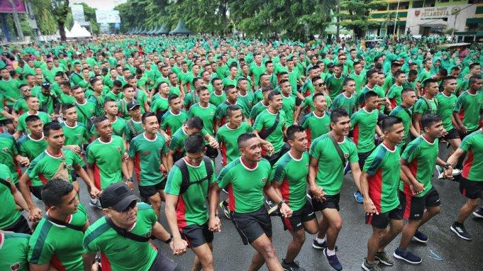 Foto Car Free Day Bersama Pangdam XIV Hasanuddin - ribuan-prajurit-dan-pns-kodam-hasanuddin-2.jpg