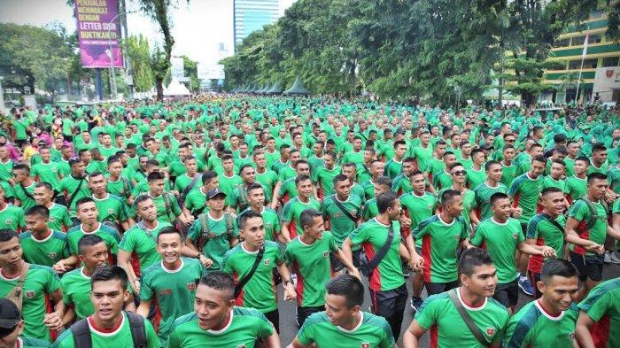 Foto Car Free Day Bersama Pangdam XIV Hasanuddin - ribuan-prajurit-dan-pns-kodam-hasanuddin1.jpg