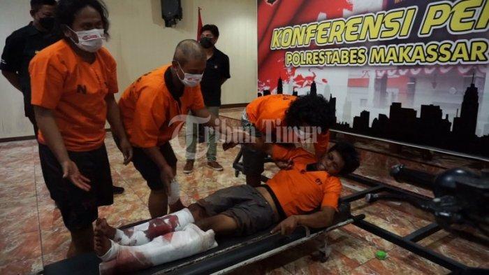 FOTO: Polisi Merilis Kawanan Perampok dan Pemerkosa Spesialis Indekos Mahasiswi di Makassar - rilis-4-perampok-di-polrestabes-makassar-4.jpg