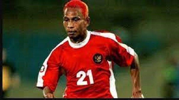 Ingat Rochy Putiray? Bomber PSM, Pemain Indonesia Satu-satunya yang Pernah Bobol Gawang AC Milan