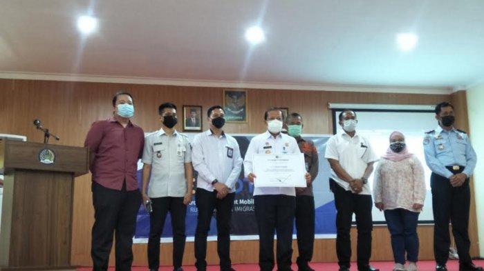 Rudenim Makassar Resmikan Aplikasi E-Motion, Ini Manfaatnya Bagi Imigran