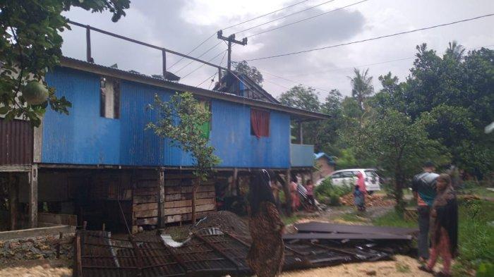 Diterjang Angin Kencang, Satu Rumah Warga Rusak di Bone