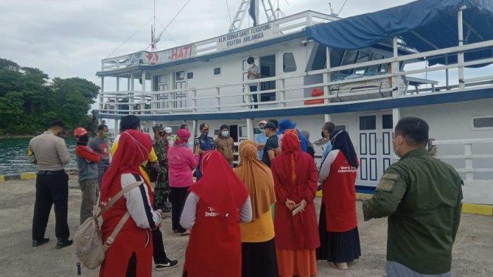 RS Terapung Unair Surabaya Sandar di Majene, Bawa 28 Tenaga Medis