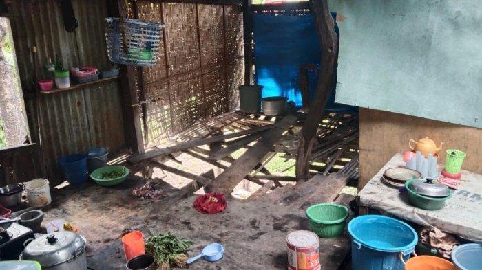 Rimang menempati rumah tidak layak huni di Kelurahan Tonrokassi, Kecamatan Tamalatea, Kabupaten Jeneponto, Sabtu (25/9/2021).