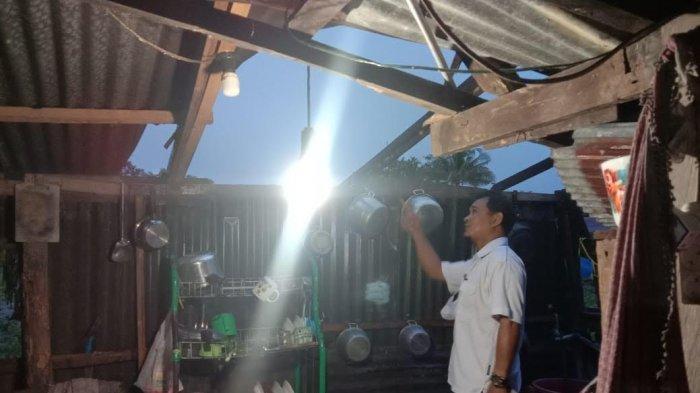 3 Rumah Warga di Balusu Barru Rusak Diterpa Angin Kencang