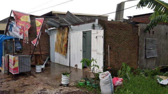 Angin Kencang Terjang Tenringangkae Maros, 6 Rumah Warga Rusak