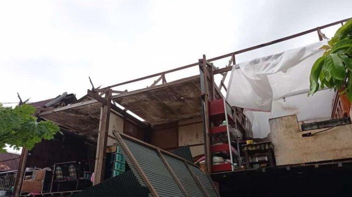 Belasan Rumah Rusak di Barru Akibat Angin Puting Beliung