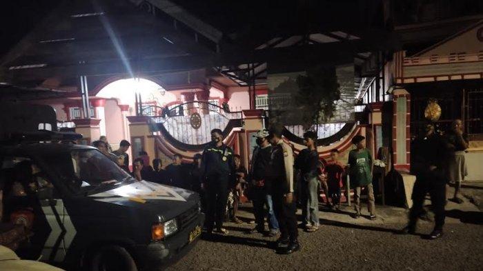 Kepergok Ngamar Bareng Istri Tetangga, Pria di Antang Makassar Diamuk Warga