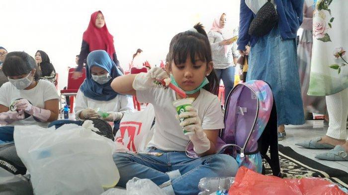 22 Finalis Miss TSM Kids Belajar Mengolah Sampah Plastik