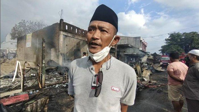 Pasar Sentral Pangkep Terbakar, Pedagang Kacamata Rugi Rp20 Juta