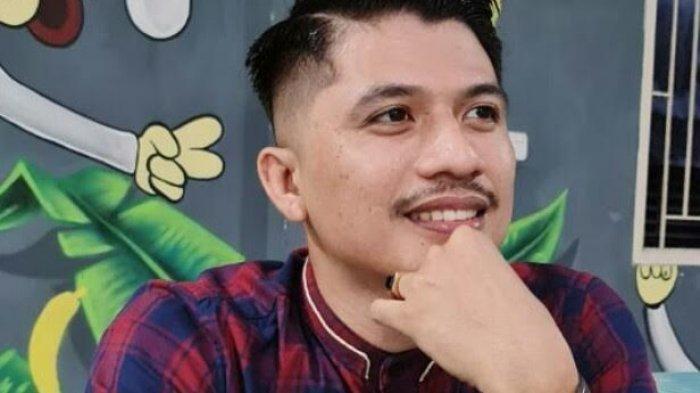 salah satu penerima ganti rugi lahan pada Bendungan Pammukulu Takalar, Parawansyah (27)
