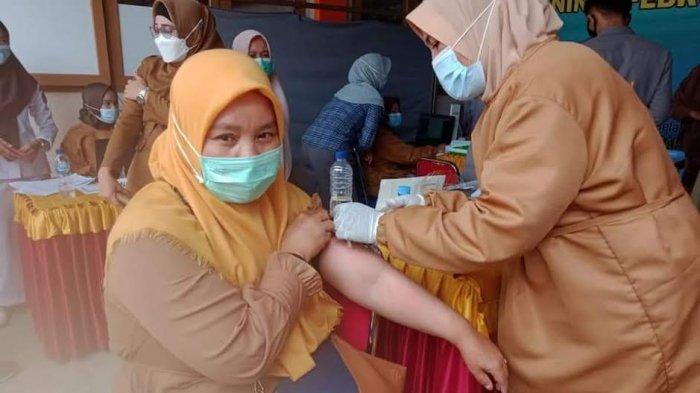 411 Tenaga Kesehatan Luwu Utara Jalani Vaksinasi Susulan
