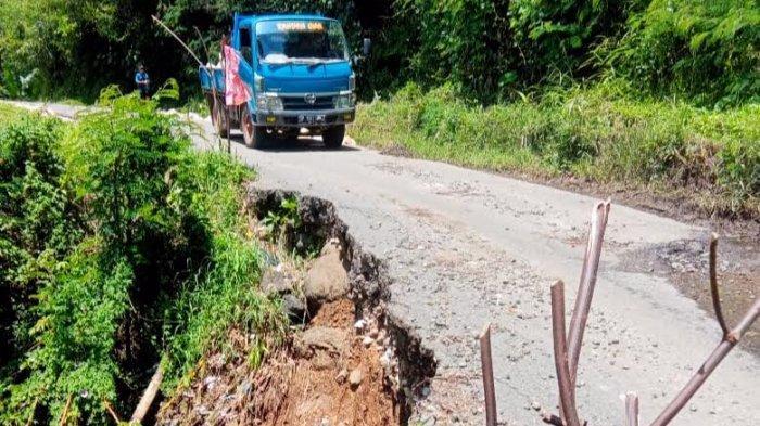 Sudah Tiga Tahun Jalan Provinsi di Madandan Tana Toraja Amblas, Mobil Truk Dilarang Melintas
