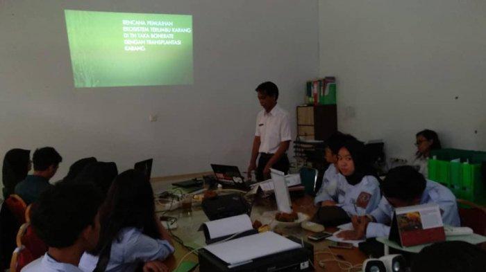 Mahasiswa PKL Institut Teknologi Bandung Belajar Transplantasi Karang di Selayar