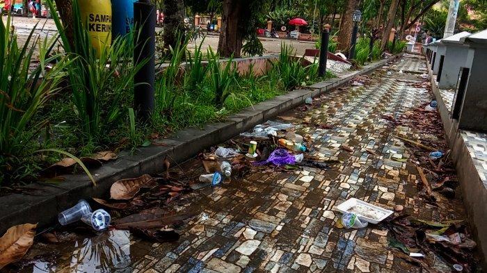 Pasar Seni Makale Tana Toraja Penuh Sampah, Warga: Tak Berseni Lagi