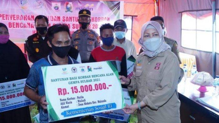 Kemensos Serahkan Santunan untuk 13 Ahli Waris Korban Gempa Majene