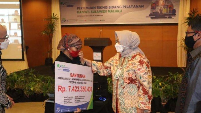 Ahli Waris Terima Santunan JKK-JHT Rp 7,4 Miliar dari BPJamsostek Sulawesi Maluku