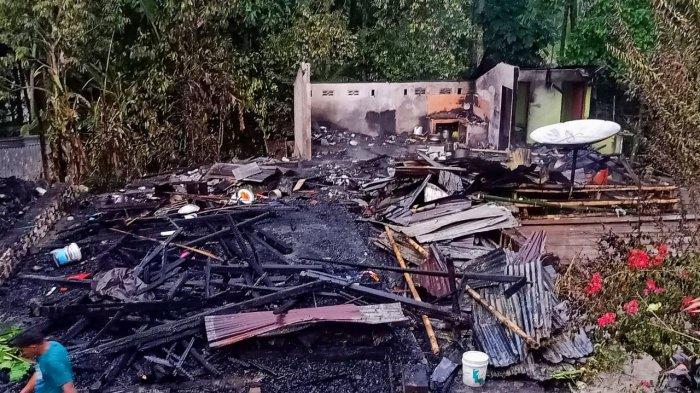 Kebakaran di Kesu Toraja Utara, Damkar Datang Saat Rumah Sudah Habis Dilalap Api