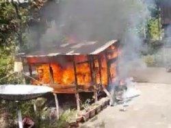 Berusaha Padamkan Api, Murid SD di Maiwa Enrekang Alami Luka Bakar di Betis