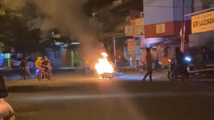 Pemukulan Berujung Pembakaran Motor di Palopo, Polisi Selidiki Motif
