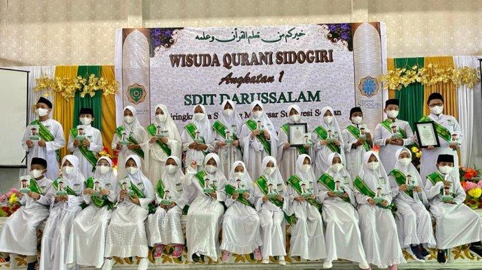 SD IT Darussalam Makassar Gelar Wisuda Qurani Sidogiri