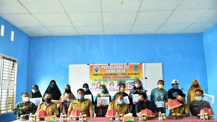 141 KK di Desa Carawali Sidrap Terima BLTDD Tahap Ketiga
