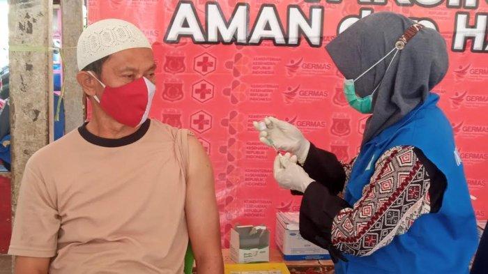 200 Pelayanan Publik dan Lansia di Pinrang Terima Vaksinasi Lanjutan