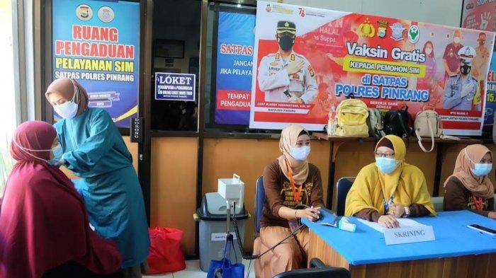 22 Pemohon SIM di Satlantas Polres Pinrang Dapat Vaksin Gratis