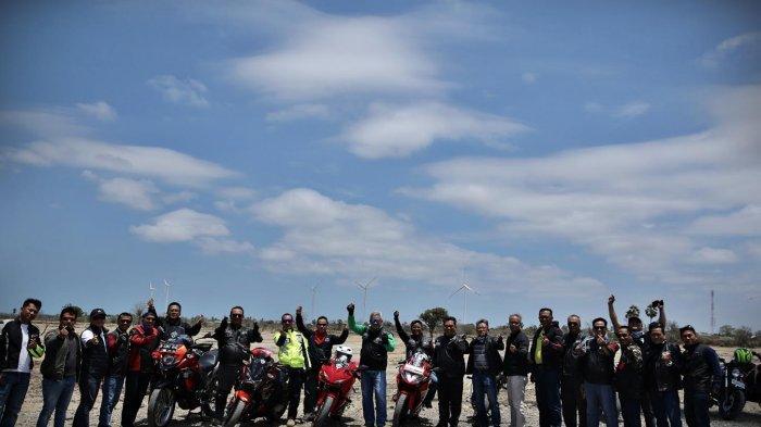 FOTO: Mandiri Bikers Club Indonesia Kopi Darat Nasional di Tanjung Bira Bulukumba - sebanyak-300-an-bikers-yang-tergabung-dalam1.jpg