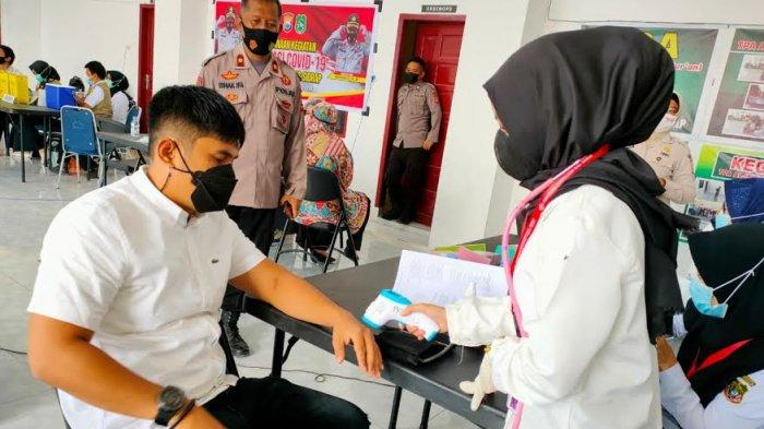 460 Personel Polres Sidrap Terima Vaksin Covid-19