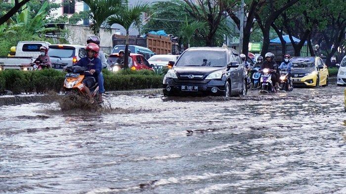 Kenapa Ada Hujan di Musim Kemarau? Berikut Penjelasan BMKG