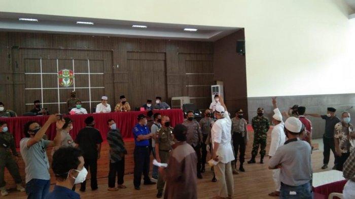 Peserta Rapat Sempat Bersitegang, Masyarakat di Wajo Minta Shalat Idul Fitri Diadakan di Masjid