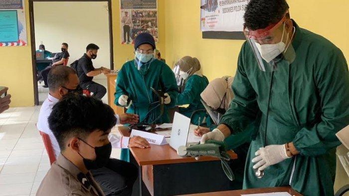 238 Personel Polda dan Polresta Mamuju Sudah Terima Vaksin Covid-19