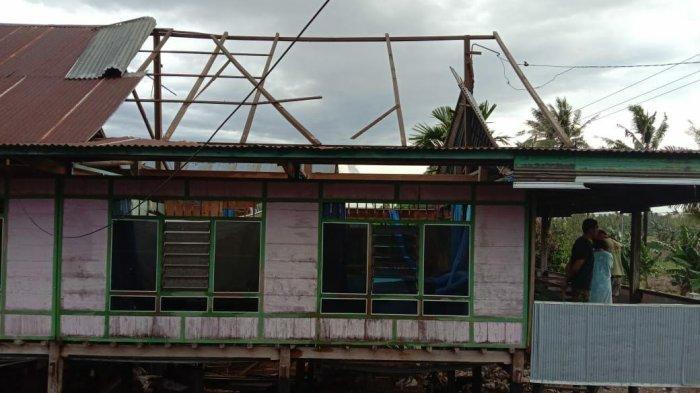 Angin Kencang Landa Kabupaten Soppeng, 23 Rumah Rusak di Desa Kessing Donri-donri