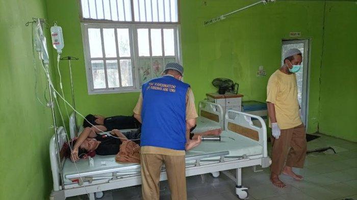 BREAKING NEWS: Keracunan Massal Terjadi Lagi di Takalar, Puluhan Santri Dilarikan ke Puskesmas