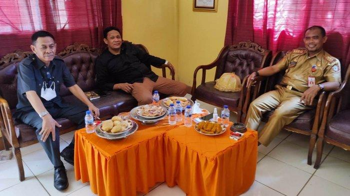 Ajukan Surat Pengunduran Diri, Sekda Wajo Masih Pimpin Rapat di Kecamatan Sajoanging