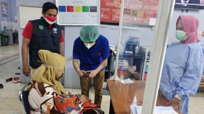 Kepala Makin Membesar, Bayi Penderita Hidrosefalus di Desa Alatengae Akhirnya Dirujuk ke Rumah Sakit