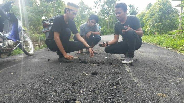 Baru Diperbaiki, Jalan Poros Borong Loe Timur-Bonto Bulaeng Bulukumba Rusak Lagi