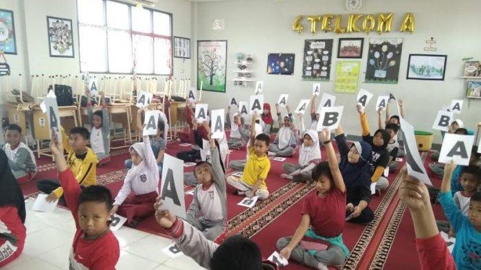Sekolah Kaya Program Kesiswaan, Siswa SD Telkom Makassar Lebih PD